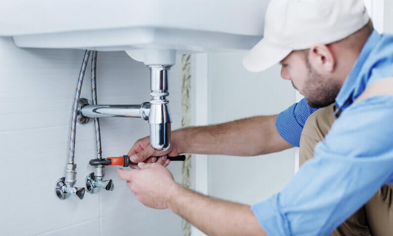 7 Reasons to Hire a Plumber for Homes in New Orleans