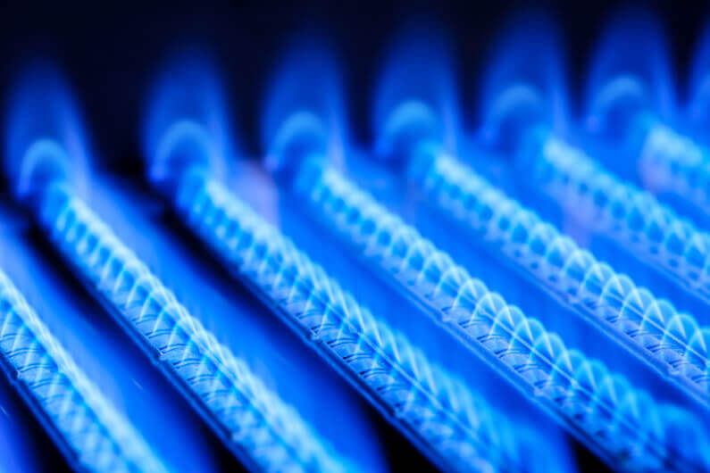 Cheaper and Cleaner: 7 Benefits of Choosing to Install Gas Lines in Your Home